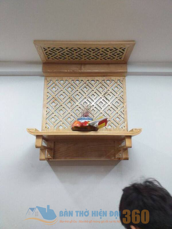 Cách bố trí các đồ vật trên bàn thờ ở Lào Cai